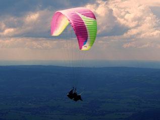 über den Wolken muß die Freiheit wohl grenzenlos sein
