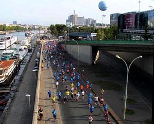 beim Pariser-Halbmarathon herrschte eine Volks-Stimmung