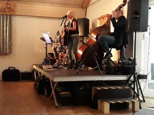 """Woodstock Feeling Live"" mit Angela Klee und Band"