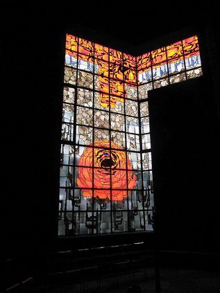 Das große Rosenfenster im Nevigeser Mariendom