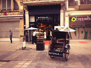 Rituals display Antwerpen winkel promotie bestickering