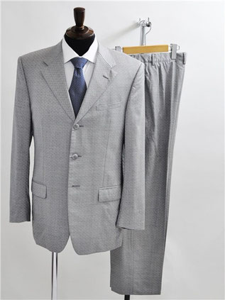 ヴェルサーチのスーツをお買取