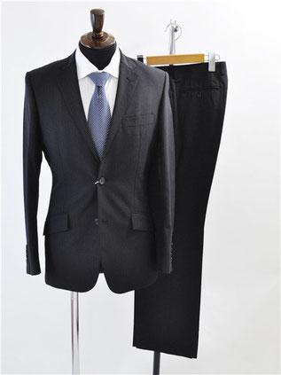 コムサイズムのスーツをお買取
