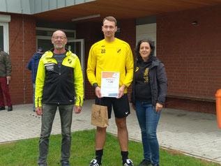 v.l.n.r.:  Hans-Dieter Klaassen, Mike Voss und Anne Thonicke