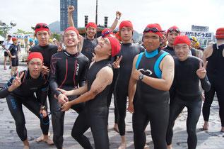 ウエットスーツ イメージ(門司港レトロスクエア Swim & Run 2012にて)