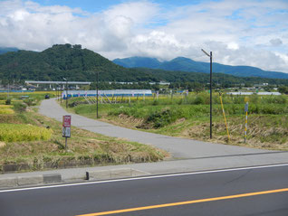 サンライン(県道79号)の曲がり角