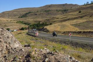Gut ausgebaute Passstraßen auf dem Weg nach Miyaneh