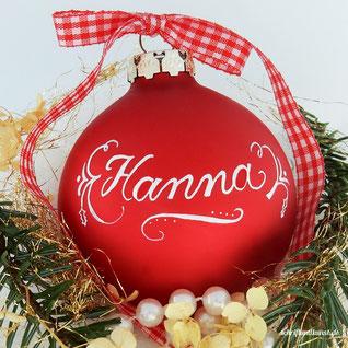 Weihnachtsbaumkugel mit Namen, handbeschriftet