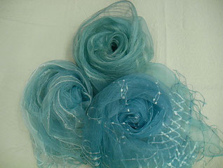 藍の生葉染めストール 絹 ¥10,000+税~