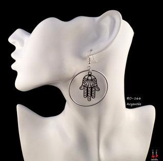 Boucles d'oreilles pendantes créoles rondes et main de Fatma argentée