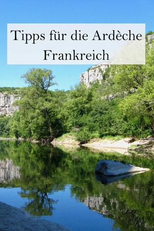 Frankreich Urlaub an der Ardeche: Tipps für Camping und Wandern. Schönste Dörfer Frankreichs.