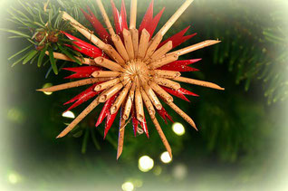 Lustiges Gedicht: Weihnachtsbaumschmuck