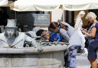 3ème prix : Skripsky Jiri - Ville Trencin - Titre de la photo : Vodnik - jet d'eau, gagne un lot de 50,00 €
