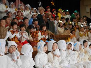 全園児での聖劇