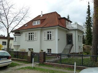 Vorher - ziegelrot Dachbeschichtung