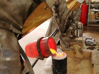 """""""Bios&Zoe"""": Sandgestrahlter und Polierter Tombak-Feinguss für die Ausstellung """"Wortkörper"""" von Dr. Johann Berger. 3D-Kunst GmbH"""