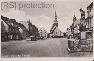 [AK: Falkenberg 1940, Bürgerhäuser am Ring. Eigentum: R.Saalfeld]