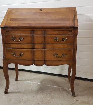 Relooking meubles anciens Saint-Julien-en-Genevois
