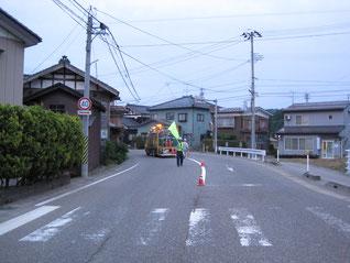 新潟市 区画線工事現場(移動規制)