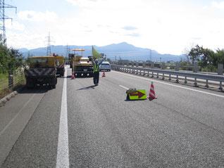 北陸道 舗装補修工事現場(車線減少規制)