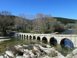 Pont du Moulin à Montclus