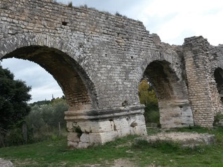 Fontvieille et aqueduc de Barbegal :20 novembre 2016