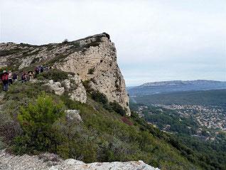 Le Mont Julien, la Grotte aux Fées : 25 octobre 2015