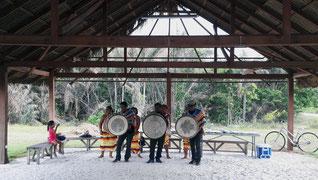 Sanpulas et chants traditionnels Kali'na à Awala Yalimapo.