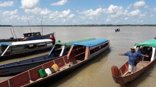 Départ pour Albina au Surinam. Traversée du Maroni en pirogue