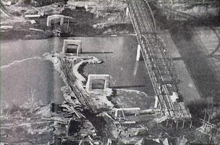 Aerial view of piers for Benton Street Bridge