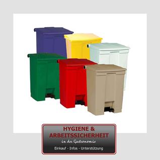 Farblich getrennte Mülleimer