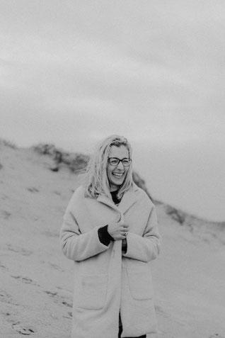 Fotograf Sabrina Stachitz, Fotografin für Neugeborene, Baby, Kinder und Familie. Ich begleite Eure Hochzeit in Hamburg, Mecklenburg Vorpommern als auch an Nordsee und Ostsee.
