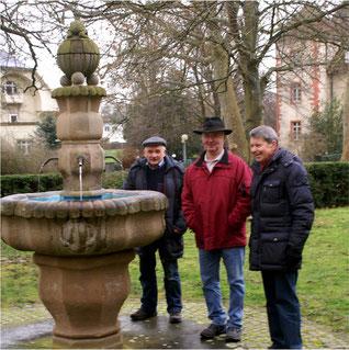 Bissingerbrunnen beim Rathaus Flehingen