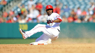 Nella foto Howie Kendrick (Gary A. Vasquez-USA TODAY Sports)