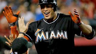 Giancarlo Stanton ha appena firmato un contratto di 352 Milioni di Dollari con Miami