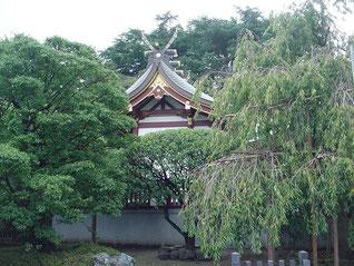 薭田神社の本殿