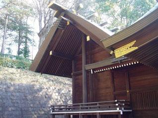 馬絹神社の本殿