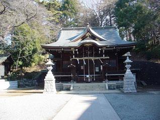 馬絹神社の拝殿
