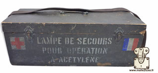 malle militaire ancienne