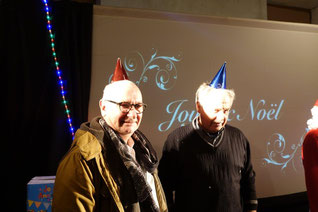 De gauche à droite : Etienne Haÿ et Georges Verdoolaeghe, maire de Montigny-lès-Condé.