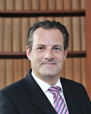 Rechtsanwalt Andreas Rüger Fachanwalt für Handels- und Gesellschaftrecht Fachanwalt für Verkehrsrecht in Wuppertal