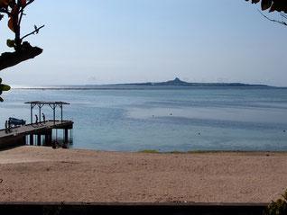 備瀬周辺の海岸 伊江島有り