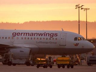 Germanwings-Passagiere müssen sich auf Behinderungen gefasst machen. Denn am Donnerstag wollen die Piloten deutschlandweit streiken. Foto: Sebastian Kahnert
