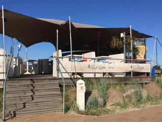 Die Beach Lounge in Scharbeutz mit herrlichem Blick auf die Seebrücke
