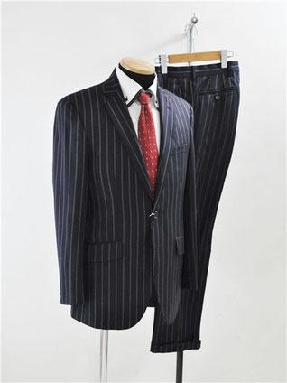 ロロピアーナのスーツ買取
