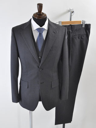 コムサイズムのスーツ買取