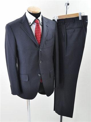 インヘイルエクスヘイルのスーツ買取