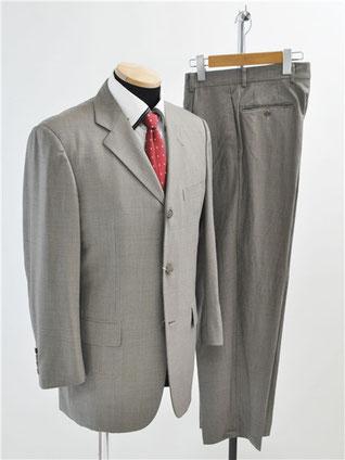 トゥモローランドのスーツ買取
