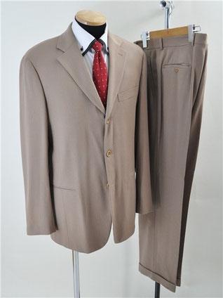 ヴェリーのスーツ買取