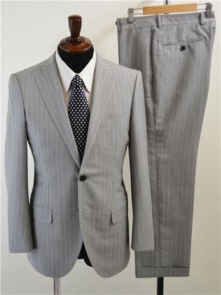トゥモローランド スーツ 買取